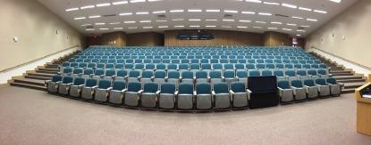 auditorium-572776_1280 (2)